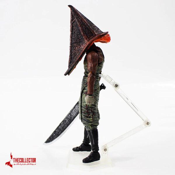 اکشن فیگور Pyramid Head از بازی Silent Hill